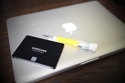 macbookpro2011late-ssd-S01.png